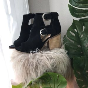 Sole society black peep toe booties!!